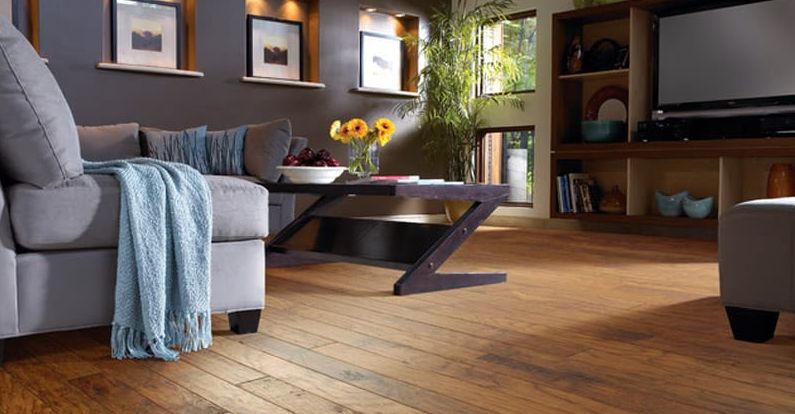 Hickory rustic appearance