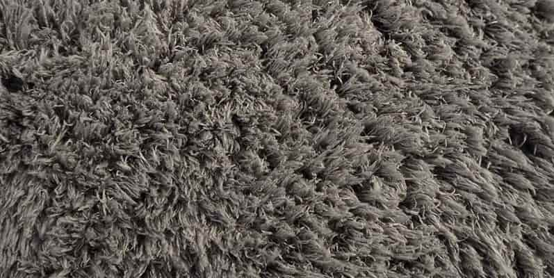 Gorilla-Grip-Original-Faux-Chinchilla-Rug-6x9-Feet-Super-Soft-and-Cozy-High-Pile-Washable-Carpet-Modern-Rugs-for-Floor-Luxury-Shag-Carpets-for-Home-min
